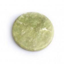 Камень нефритовый